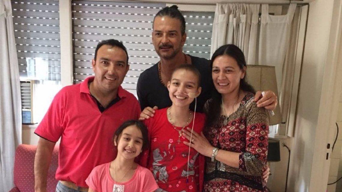 Ricardo Arjona y la familia de Verónica Luque
