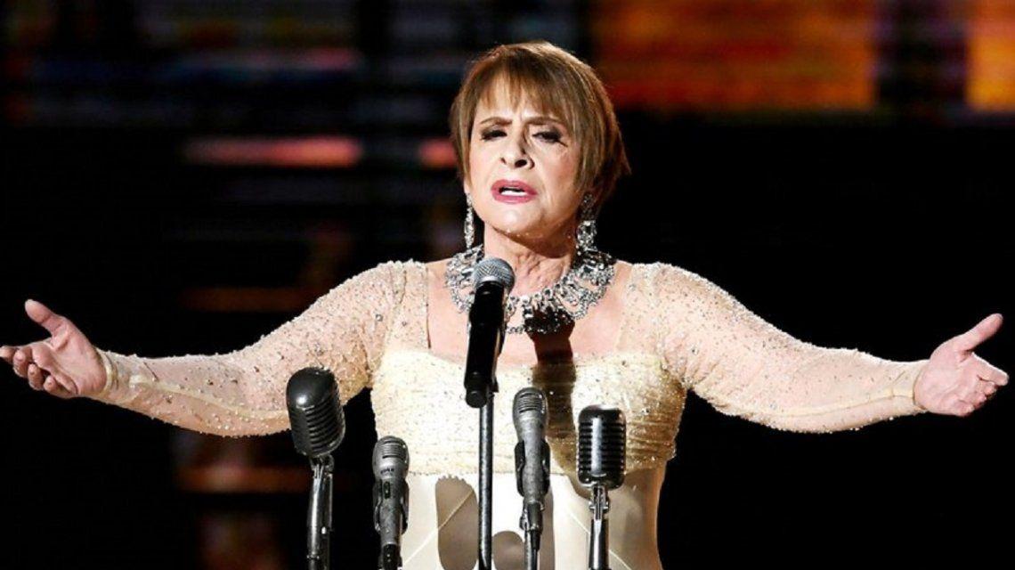 Patti LuPone cantando No llores por mí Argentina