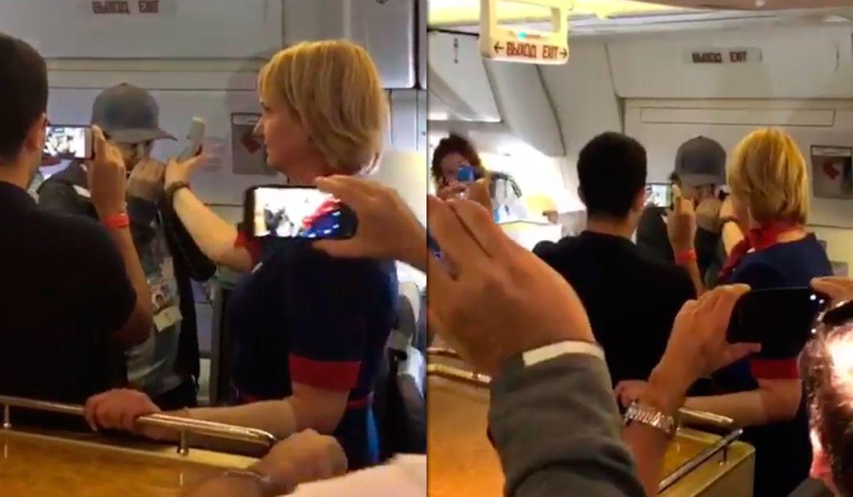 Ciro emociona tocando el himno en un avión