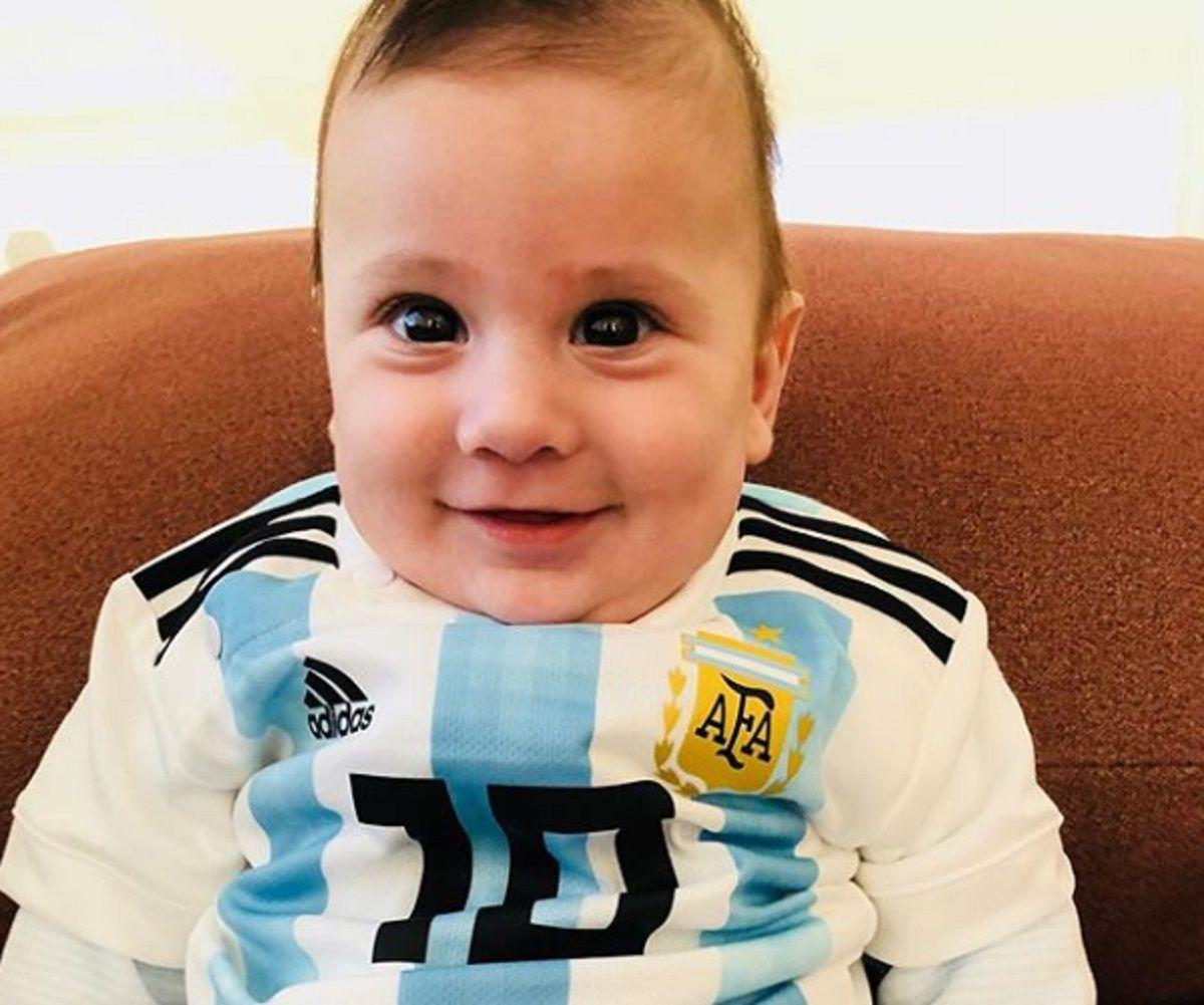 Vamos papi: la foto más tierna de Ciro para alentar a Lionel Messi