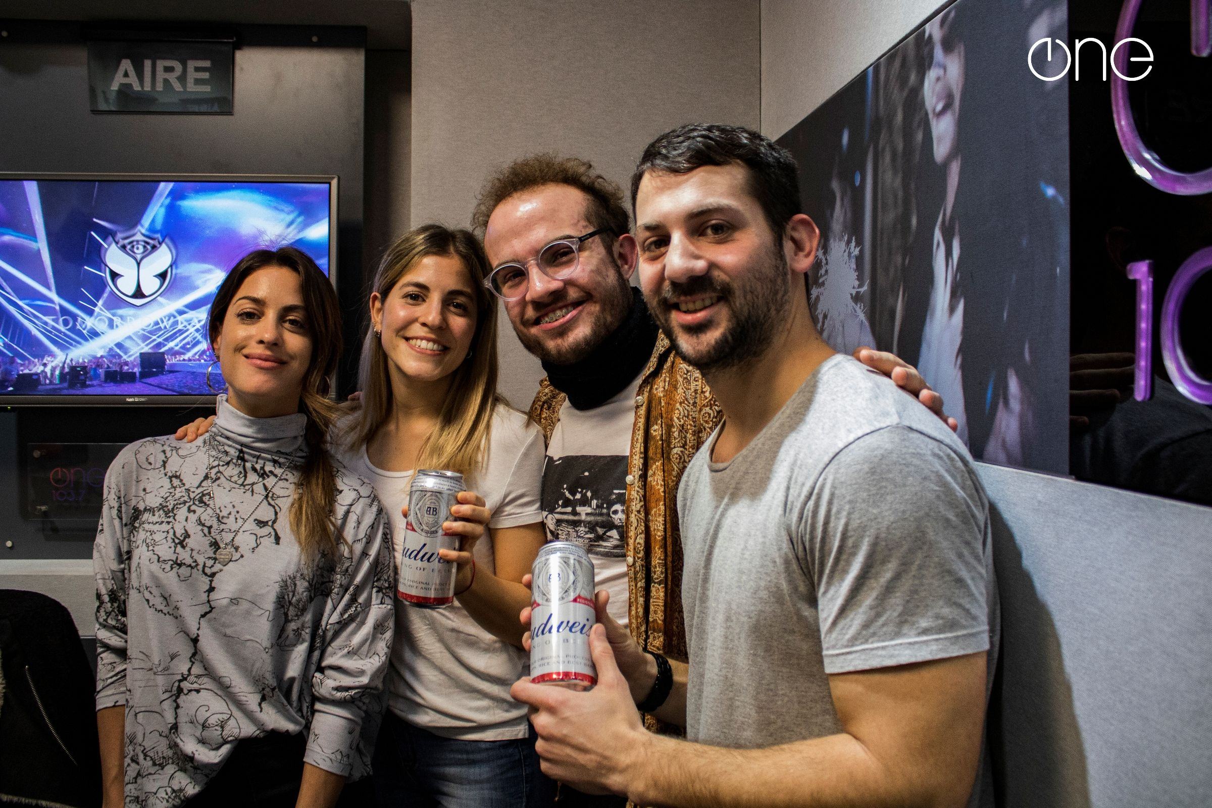 One 103.7 y Budweiser regalaron viajes a Tomorrowland