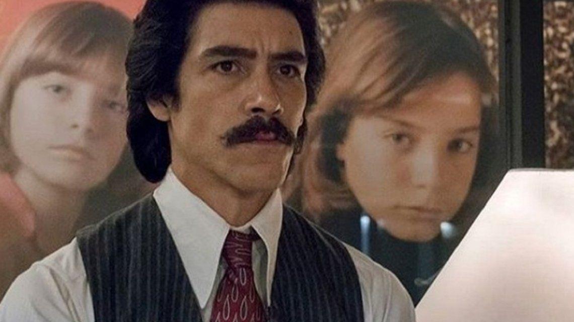 Luis Miguel y su padre en la serie - Crédito: Instagram: oscarjaenadaofficial