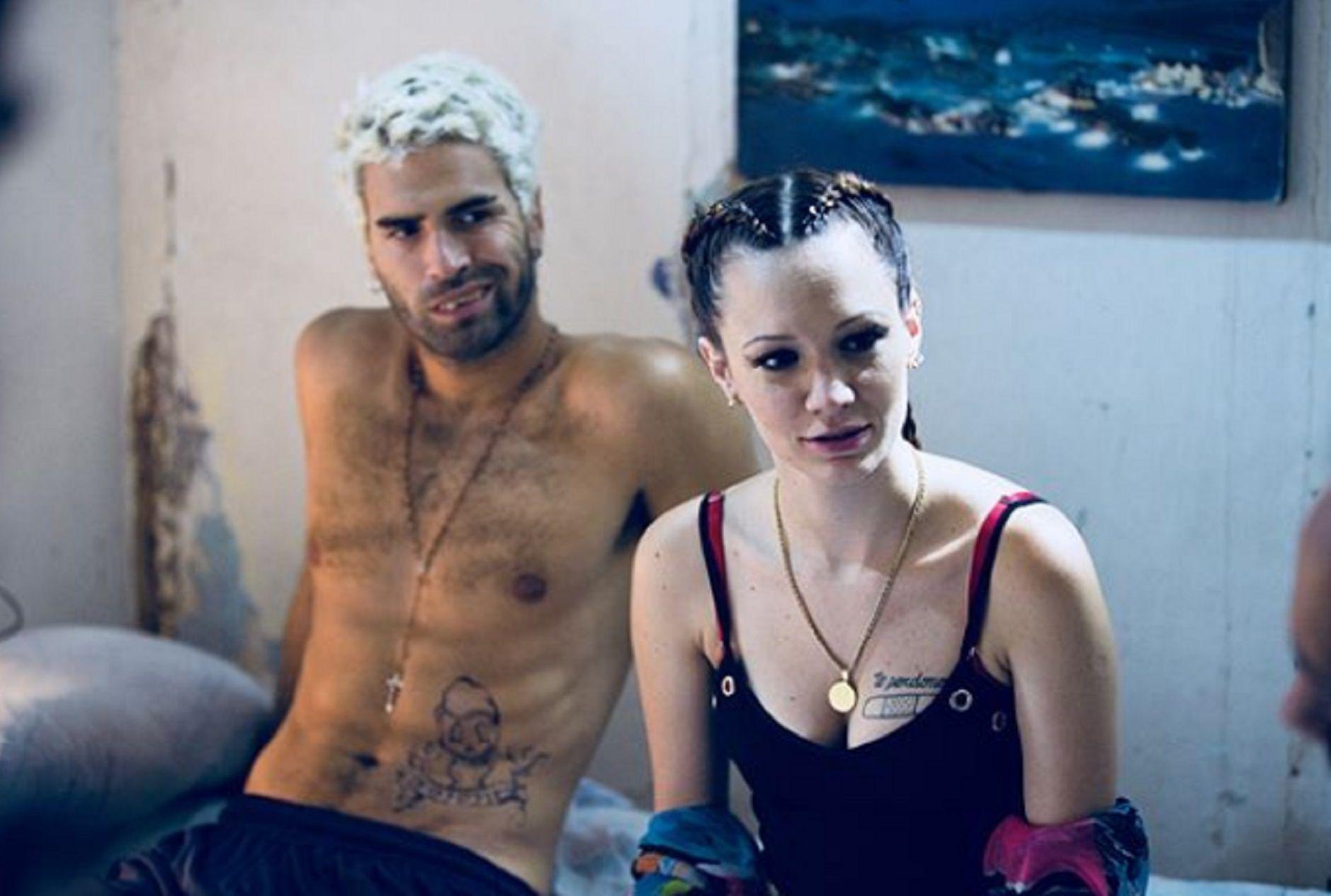 Diosito y su novia interpretada por La Joaqui