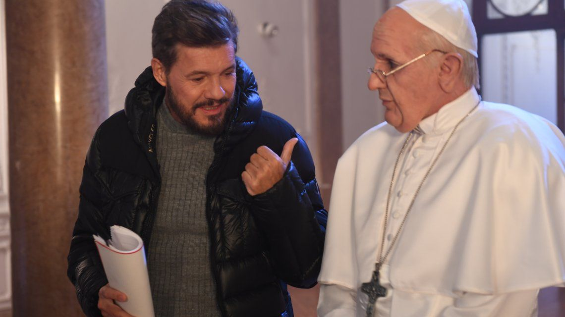 Marcelo Tinelli y el Papa Francisco de Martín Bossi