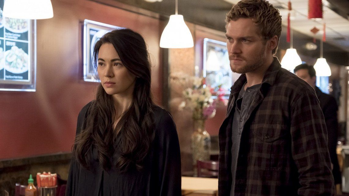 Jessica Henwick (Colleen Wing) y Finn Jones (Danny Rand