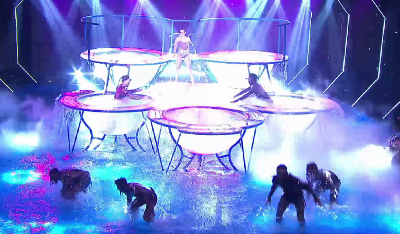 La espectacular apertura del aquadance en ShowMatch