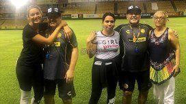 Diego Maradona con su mujer, su sobrina y su hermana