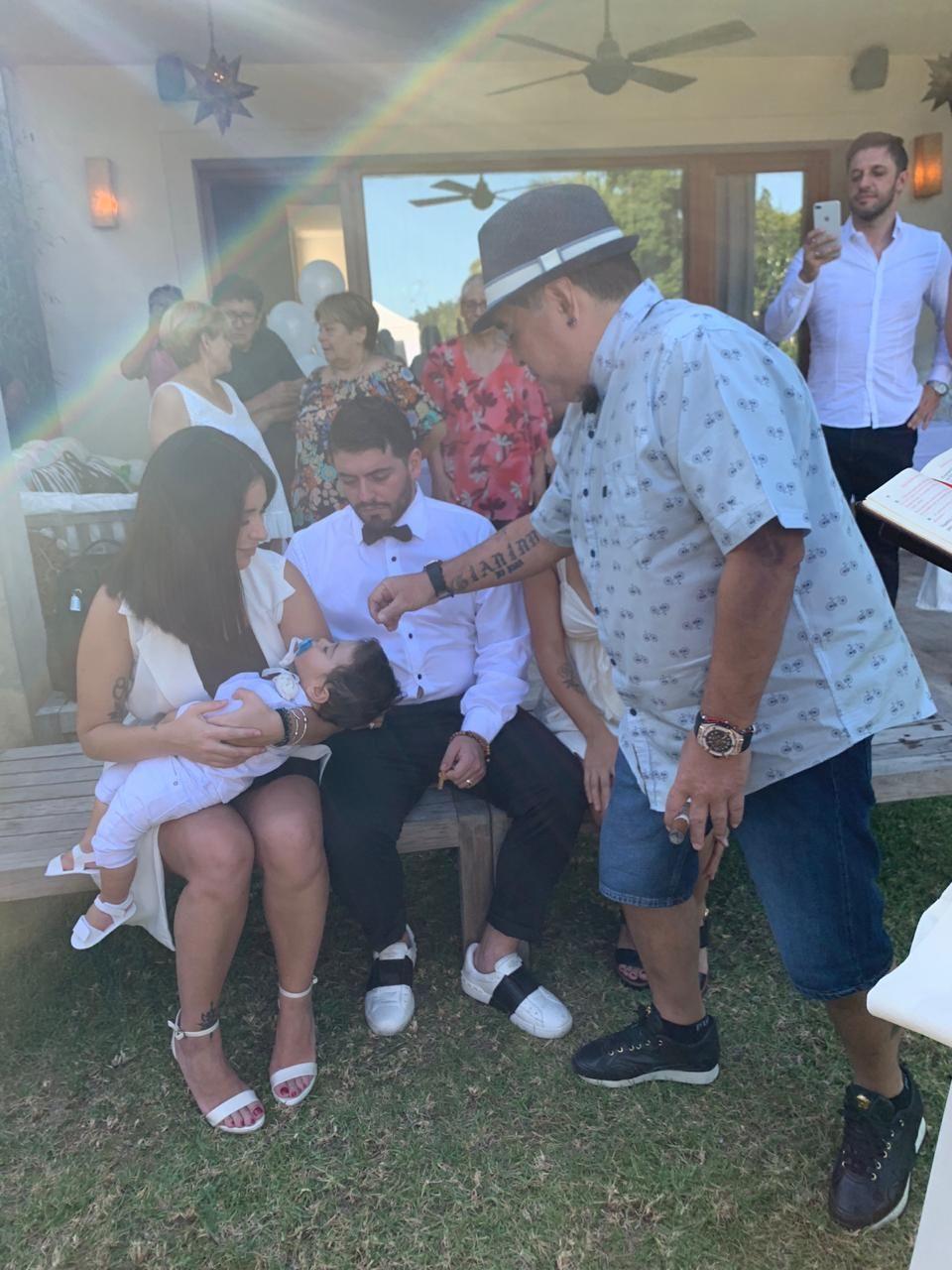Diego bendice a su nieto