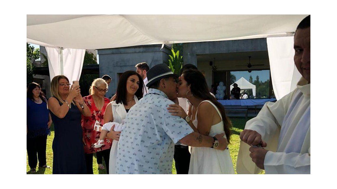 Jana y Diego se saludan emocionados