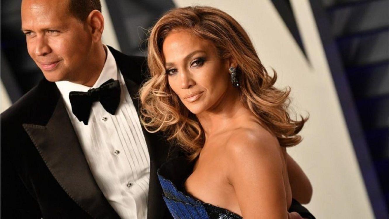 El marido de Jennifer López, acusado de serle infiel con una conejita de Playboy
