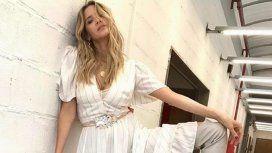 Guillermina Valdés quiso mostrar el tajo de su vestido ¡y se le vio todo!