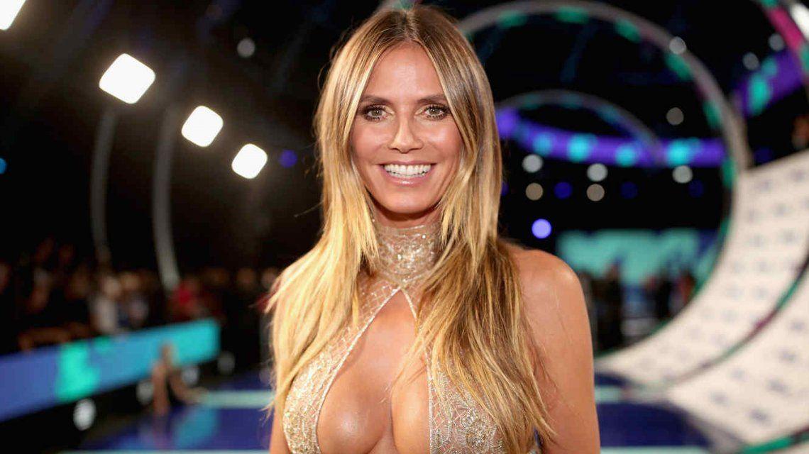 El provocativo video de Heidi Klum lavándose los dientes ¡desnuda!