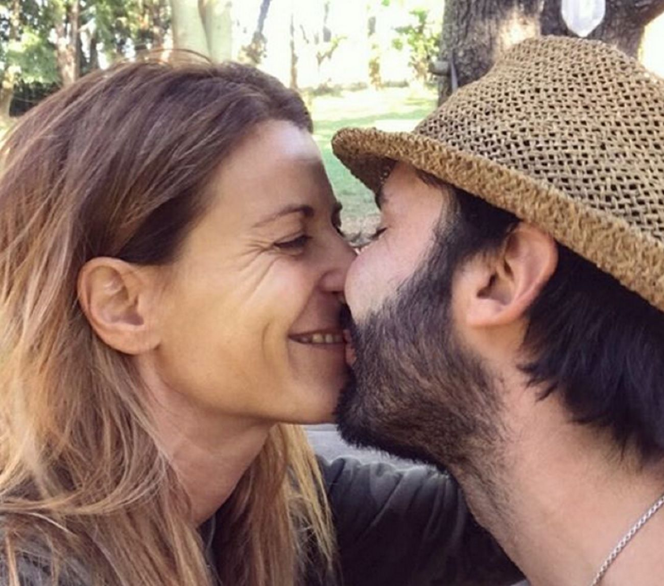 Eugenia Tobal mostró su pancita de tres meses ¿y su novio reveló el sexo del bebé?