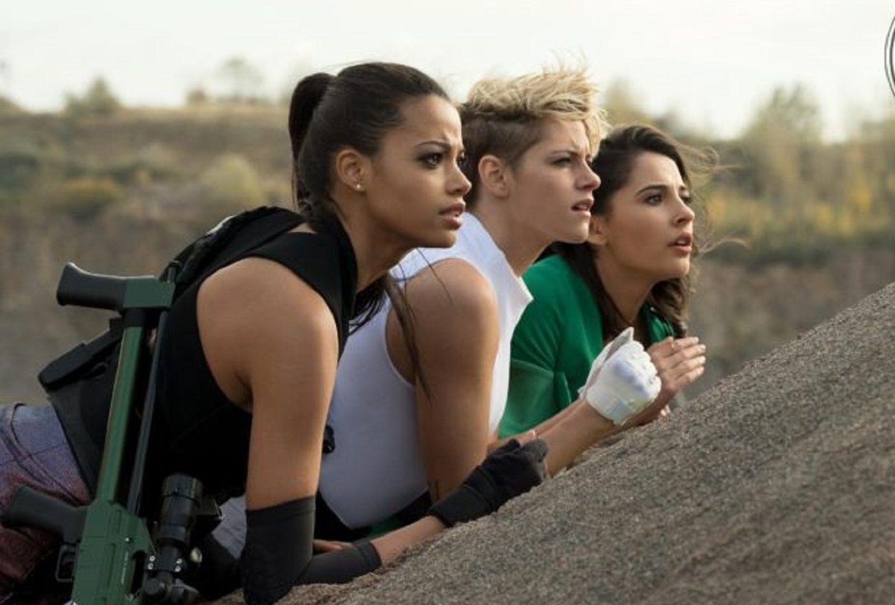 Kristen Stewart, Naomi Scott y Ella Balinska, las nuevas agentes de Los Ángeles de Charlie: el primer tráiler