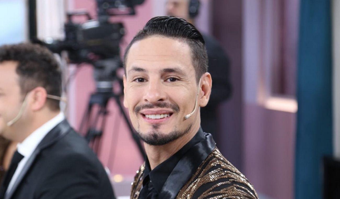 Rodrigo Tapari, ex cantante de Ráfaga: Tomaba dos botellas de whisky antes de cada show