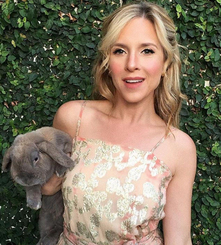 Carla Peterson, dolida por la muerte de su conejo: Todas las galeras de los magos se quedaron vacías