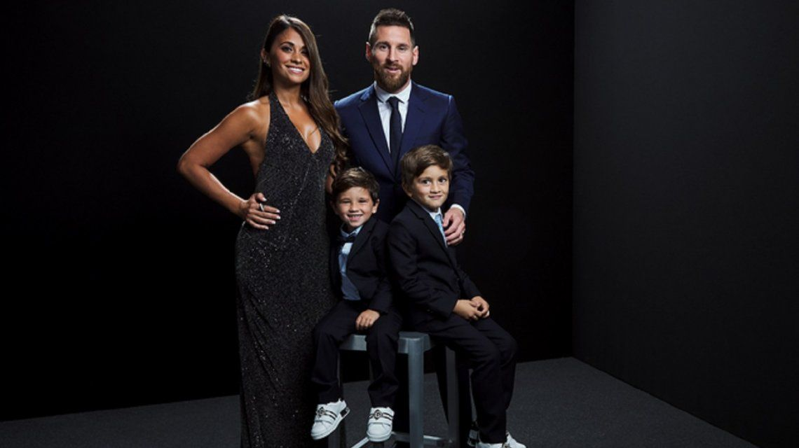 El look de Antonela Roccuzzo en los premios FIFA The Best