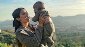 Eva de Dominici escribió una poesía para su hijo de tres meses