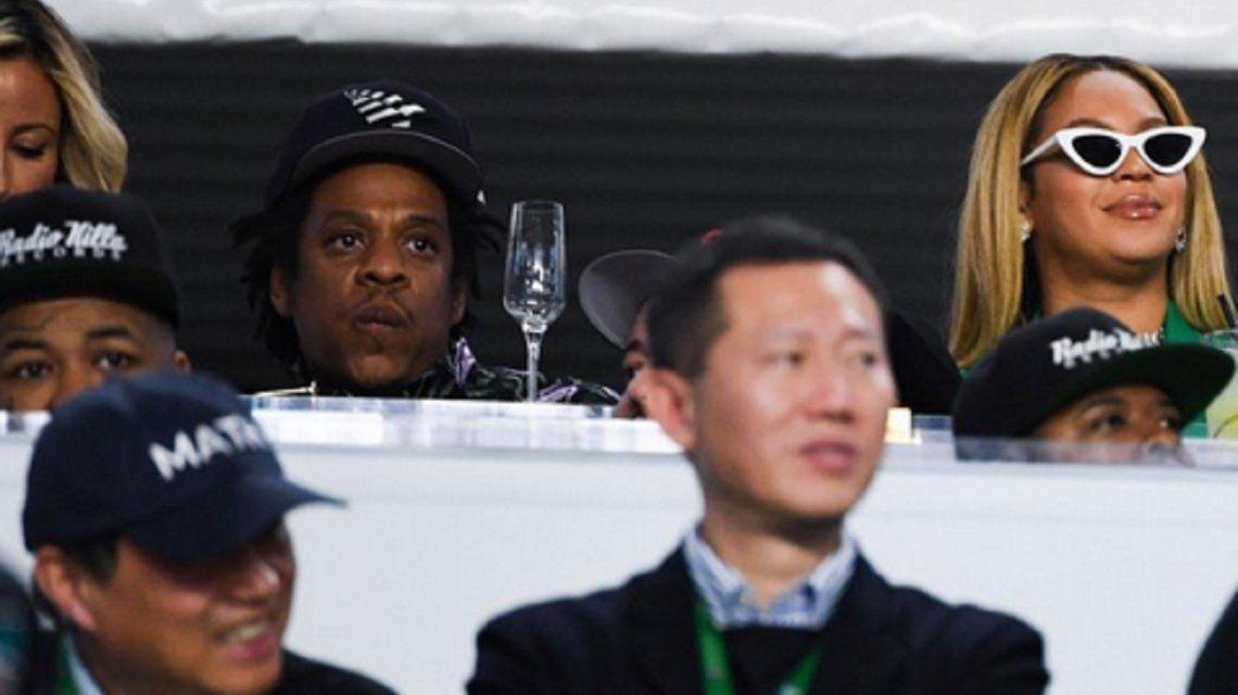 Jay Z se defendió de las críticas por su actitud en el Super Bowl