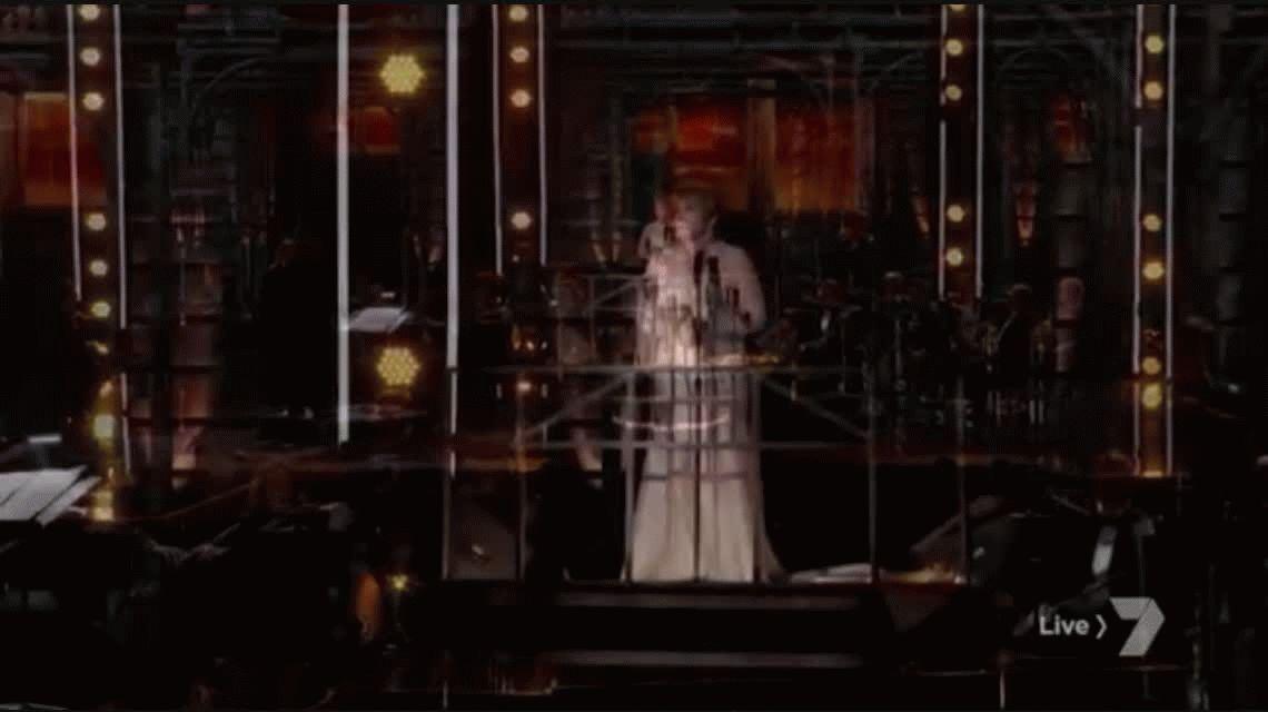 Emocionante: cantaron No llores por mí Argentina en los Grammy