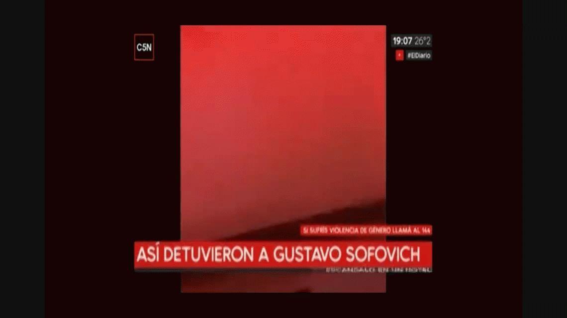 El video de la detención a Gustavo Sofovich por la denuncia de una mujer