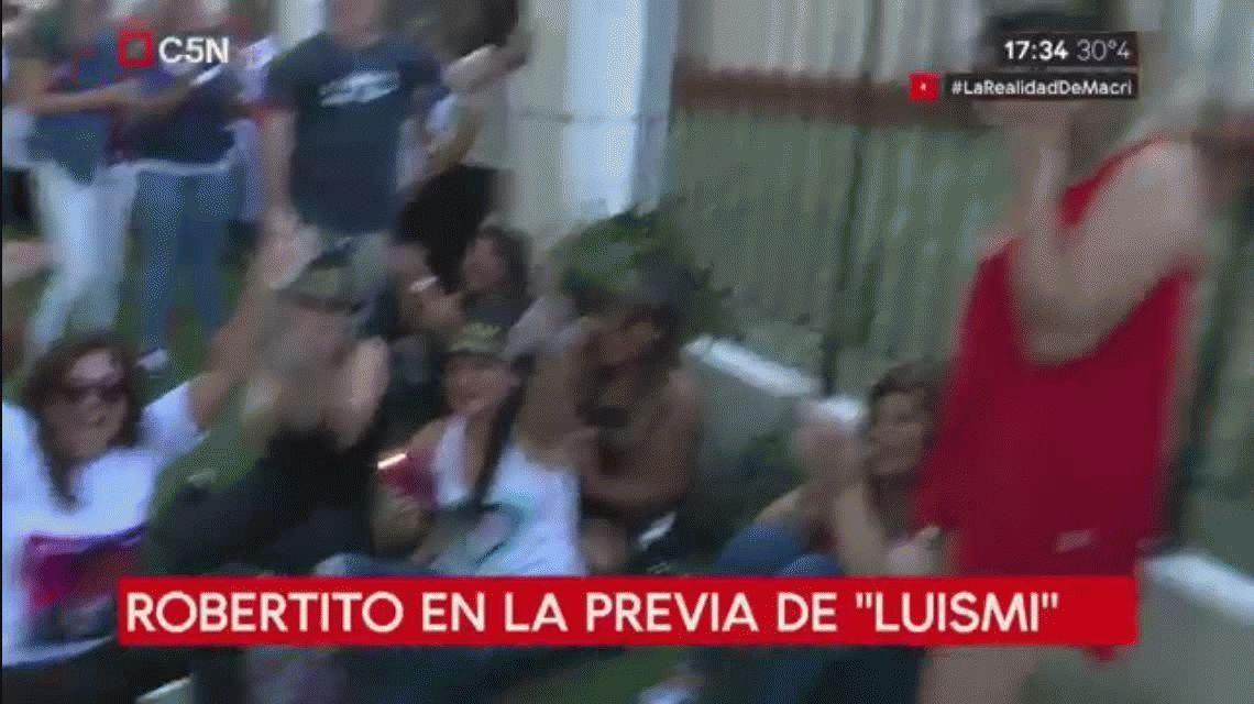 La locura de las fans en la previa del recital de Luis Miguel en Buenos Aires