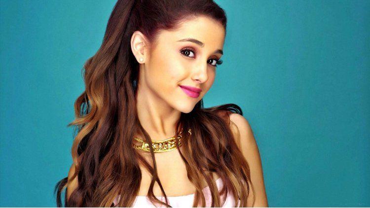 Ariana Grande hará un show a beneficio de las víctimas de Manchester.