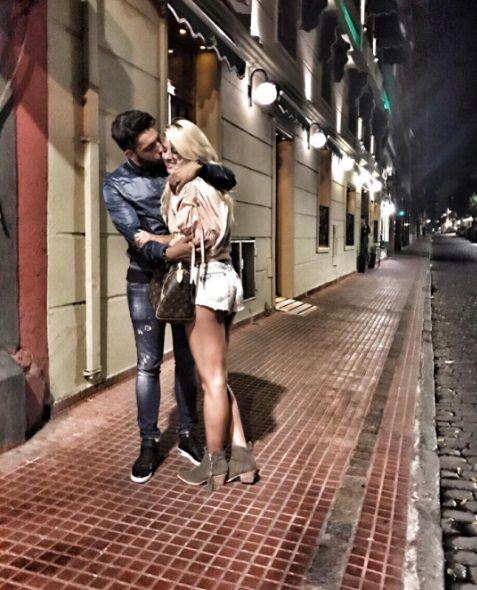 Bechara junto a su novio