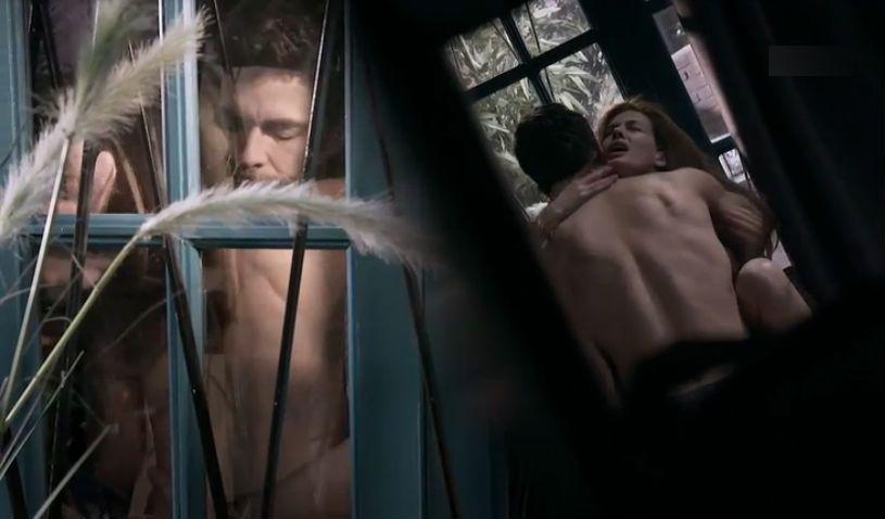 Raquel y Santiago en plena escena de sexo