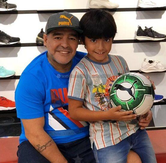El reencuentro de Diego Maradona y Benjamín     Agüero en Dubai.