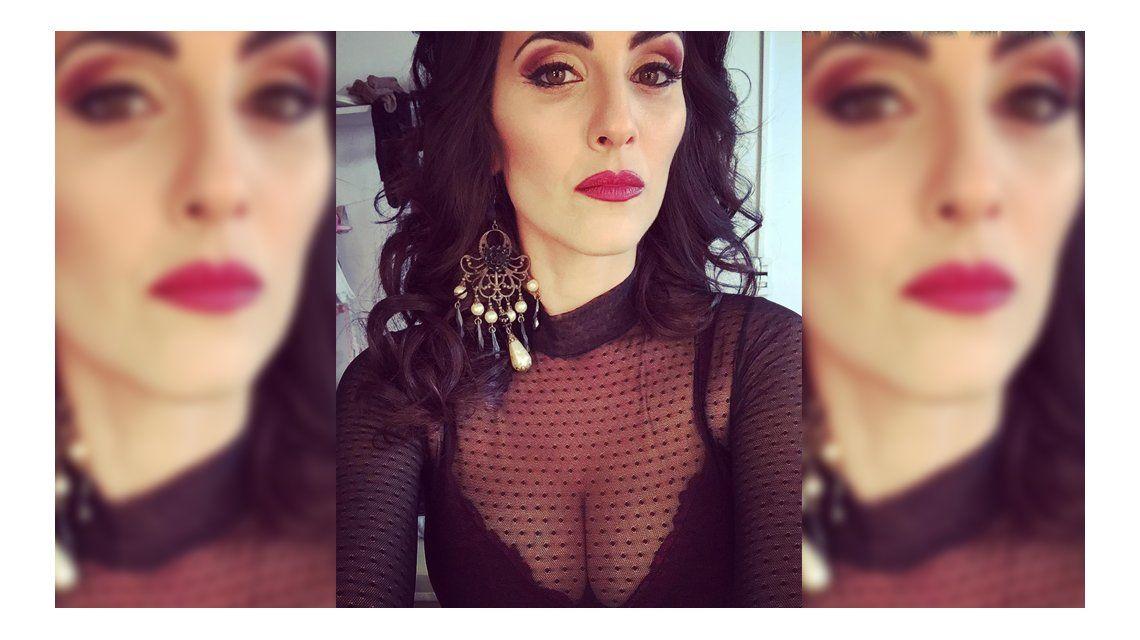 Muy sensual, Julieta Díaz le puso el pecho al trabajo