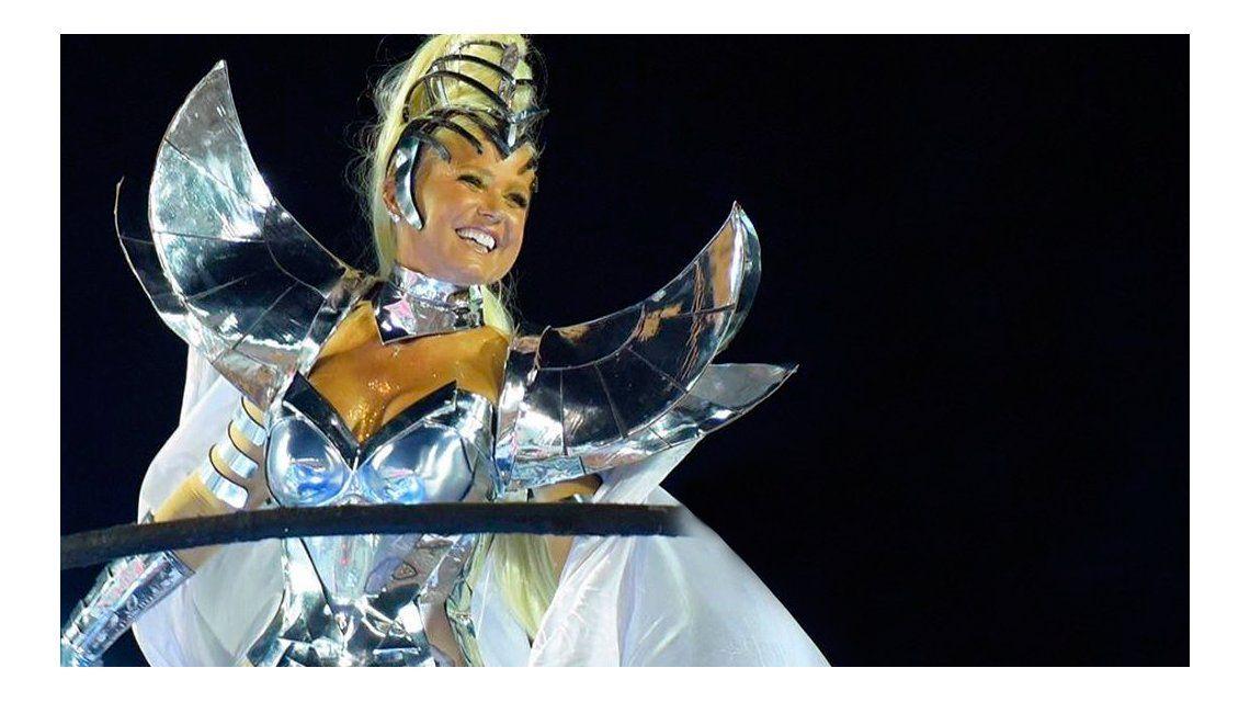 Xuxa deslumbró a los 53 en el Carnaval de Río
