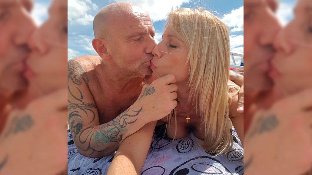 Leo y Valeria de vacaciones y muy enamorados