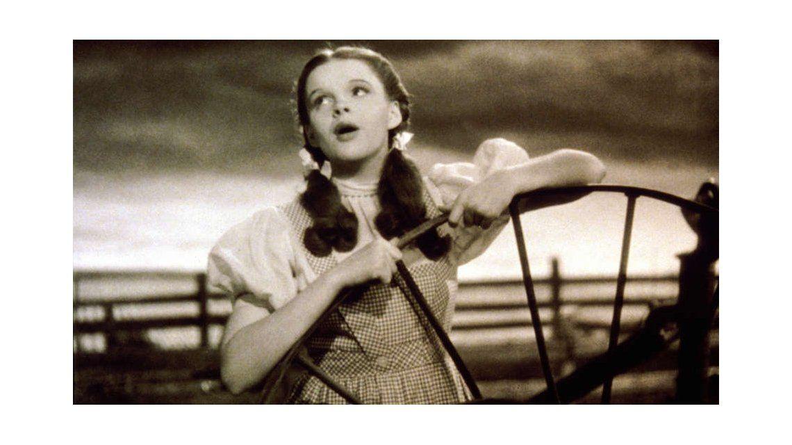 Judy Garland reveló que fue abusada en la filmación de El mago de Oz