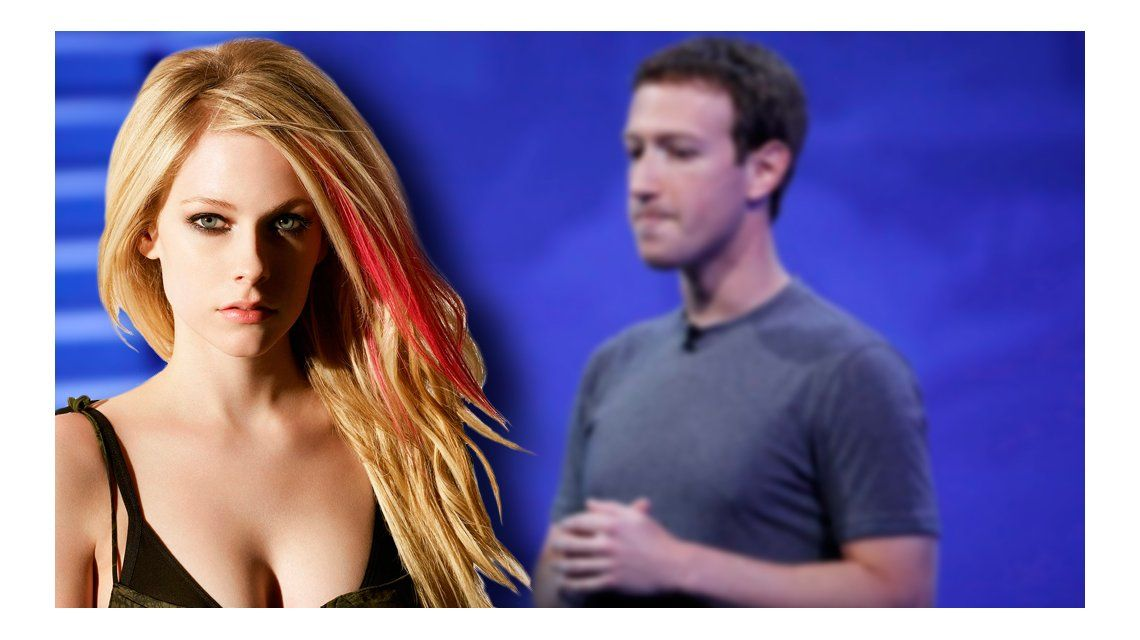 Avril Lavigne criticó al creador de Facebook
