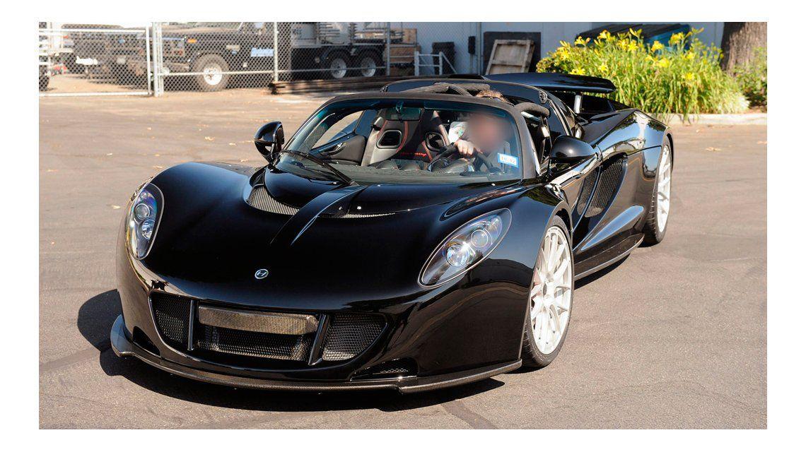 Steven Tyler donó un auto