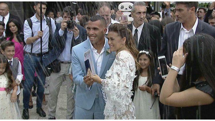 Se casaron Carlos Tevez y Vanesa Mansilla