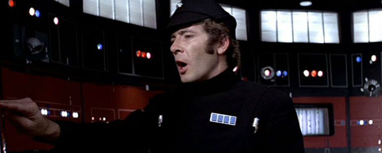 Peter Summer como Pol Treidum en Star Wars