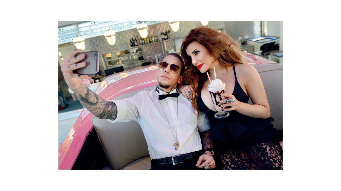 Charlotte y Alexander Caniggia se sienten celebrities.