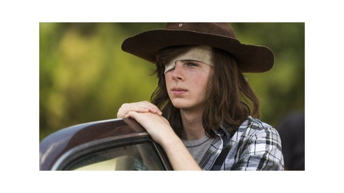 The Walking Dead . Carl Grimes (Chandler Riggs) viajará a Hilltop.