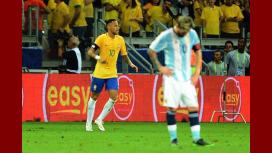 Los famosos lamentaron en Twitter la derrota de Argentina ante Brasil.