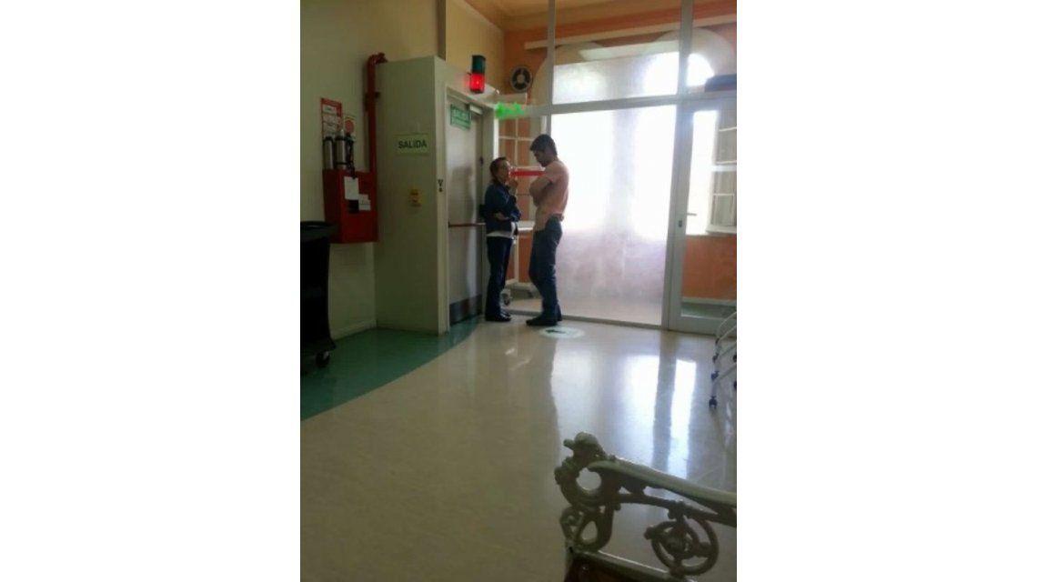 Fernando Sieling en los pasillos del hospital