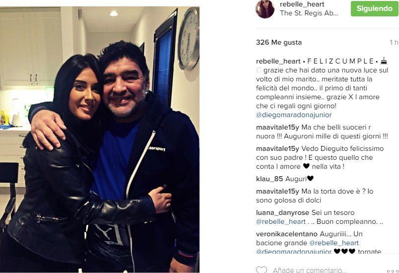 Desopilante comienzo de cumpleaños para Maradona: visita de Jana y Diego Jr. y gracioso pijama
