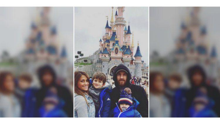 La familia Messi en Disne de París.