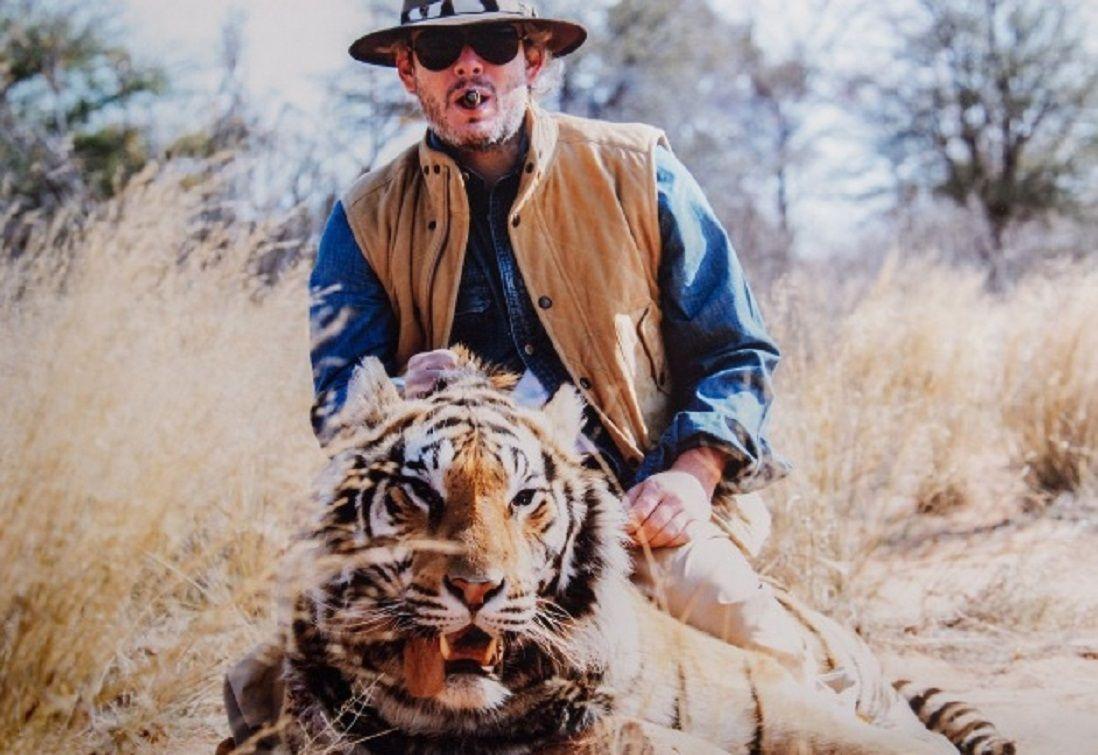 Garfunkel pidió disculpas en Twitter por las fotos cazando animales pero después se arrepintió