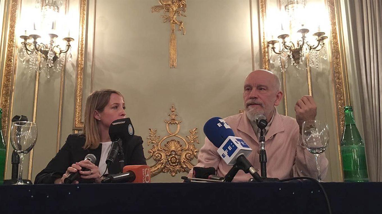 Malkovich y Liana Vinacur