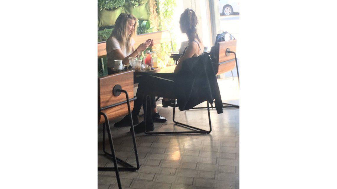Amber Heard y Cara Delevingne