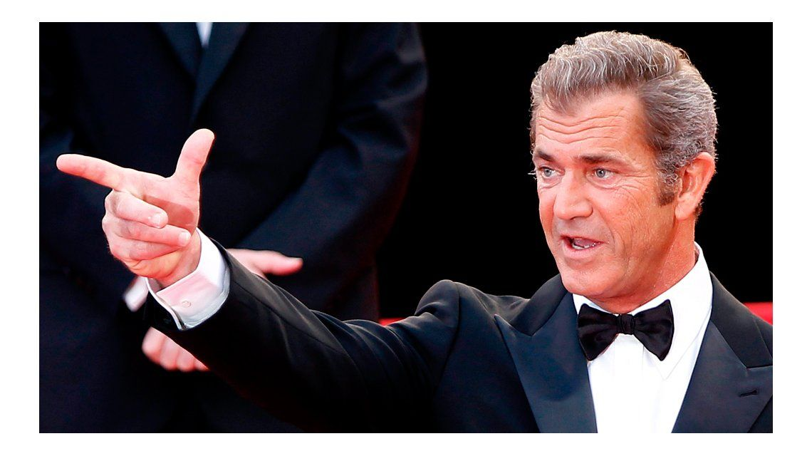 Mel Gibson festeja su presente sin alcohol.