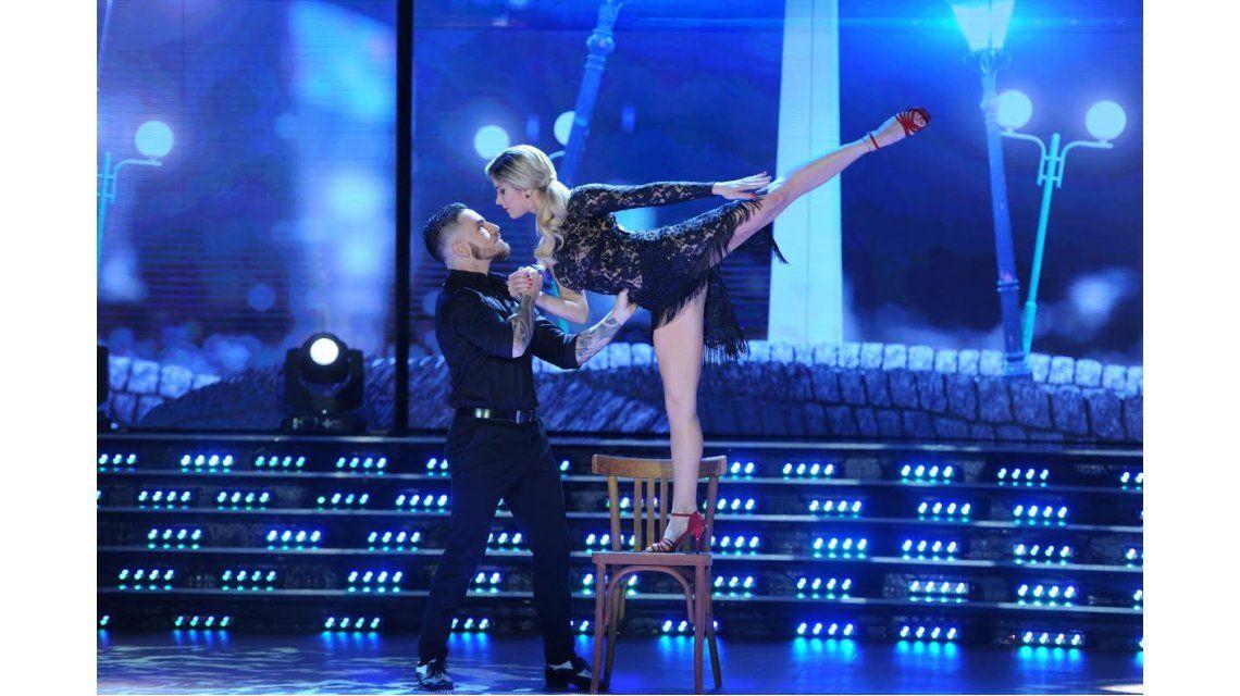 El tango de Laura Fernández y Fede Bal.
