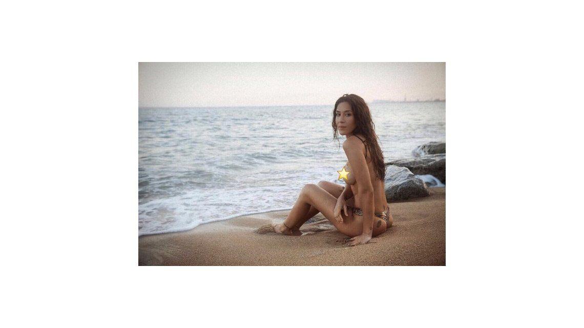 Jimena Barón publicó una foto en topless y calentó las redes.